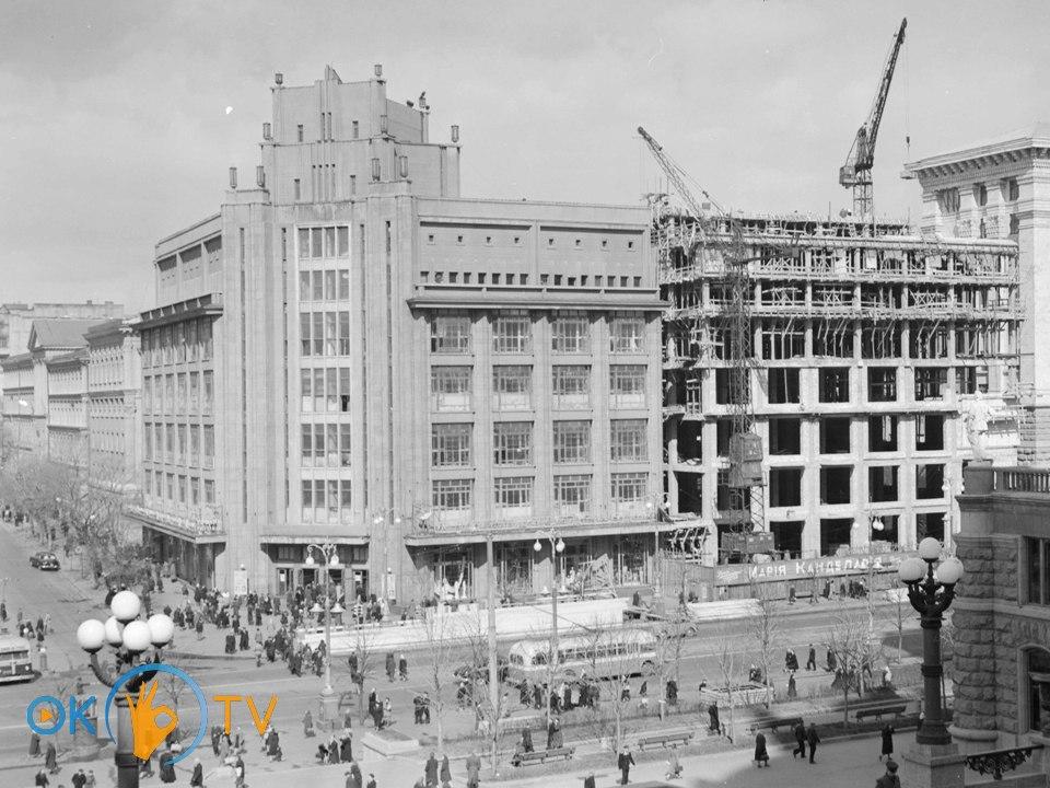 Центральный универмаг (ЦУМ) в Киеве   oktv.ua b2de7ce238b